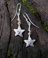 contemporary silver star earrings