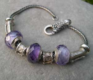 purple and silver bead bracelet