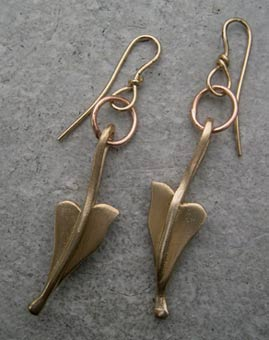 medieval leaf design gold earrings