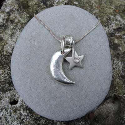 Moon-&-Star-necklace-B-400