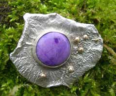 Sugilite silver and gold brooch