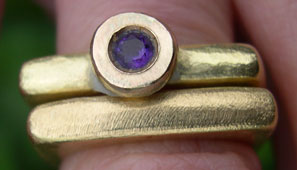 contemporary wedding rings square 18ct gold and amethyst